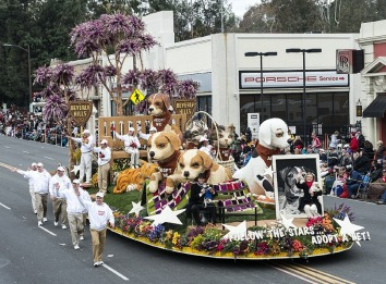 parade-float