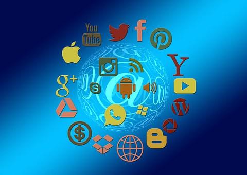 social-media-1430512__340