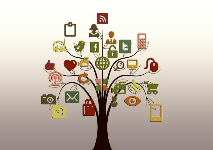 social-media_tree-200795_1280